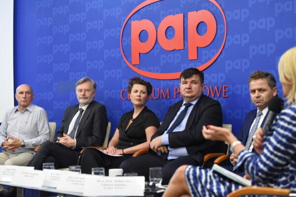 pap-konferencja-prasowa-012